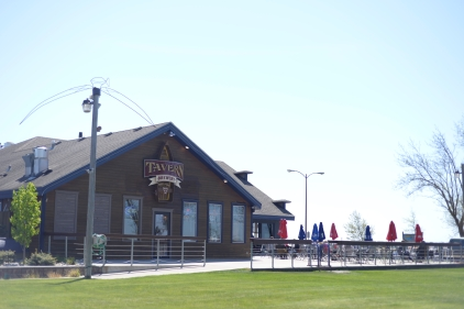 Lakeside Tavern - 6