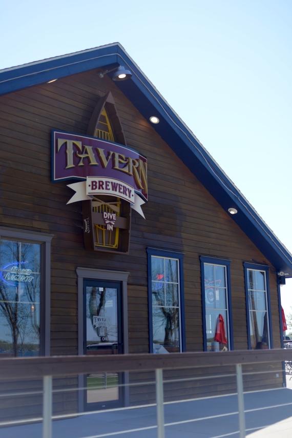 Lakeside Tavern - 7